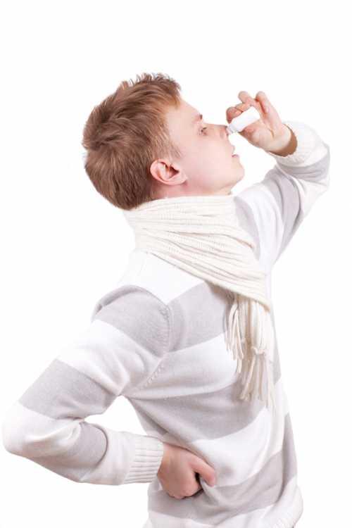 Промывание носа или носовой душ