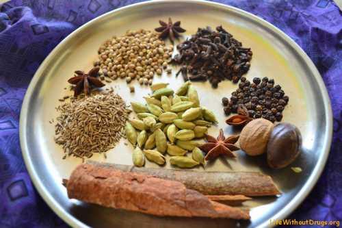 Поэкспериментируйте с такой смесью в составе овсяного, кукурузного или зернового печенья из мультизлаков грубого помола