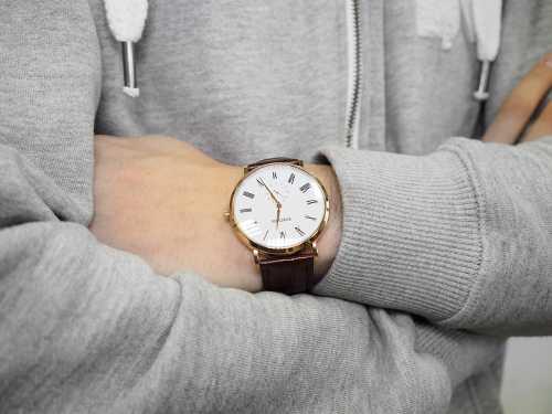 Женские наручные часы: во власти времени и красоты